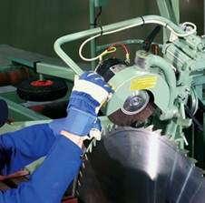 Станок для продольной распиловки бревен KARA F2000 (Финляндия)